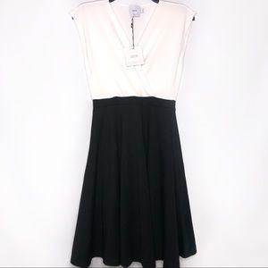 ASOS Maternity V Neck Dress Size 4 NWT